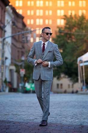 3aa2cf970a Dressing - Les costumes essentiels - The Men Times par Faubourg Saint  Sulpice - Photo: