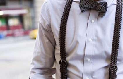 a849dbc452b4a Conseil - Comment porter les bretelles - The Men Times par Faubourg Saint  Sulpice - Photo