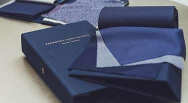 Liasse de tissu costume sur mesure tailleur paris faubourg saint sulpice