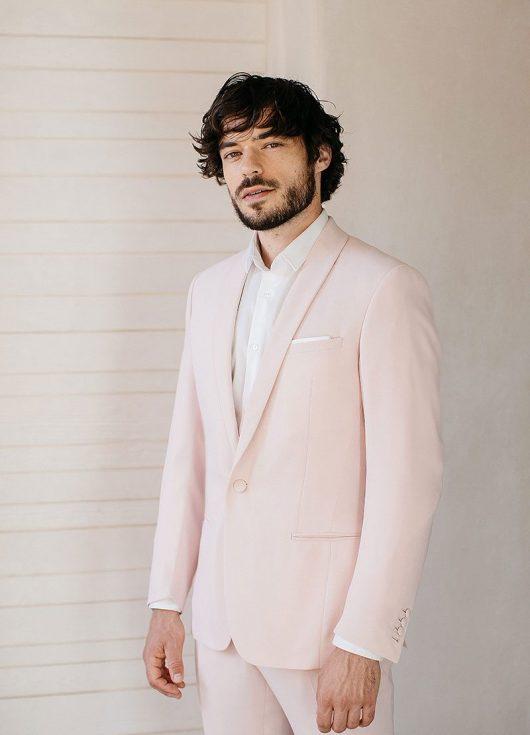 costume de mariage sur mesure rose pâle
