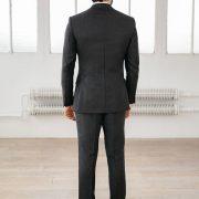 costume sur mesure gris foncé