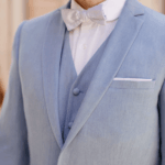 costume 3 pièces bleu clair