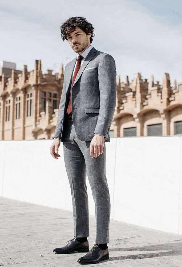 costume sur mesure gris tailleur faubourg saint sulpice paris motifs carreaux fenêtres