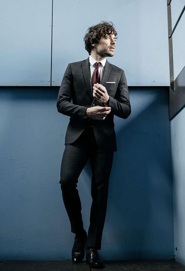 veste sur mesure gris foncé tailleur homme paris faubourg saint sulpice