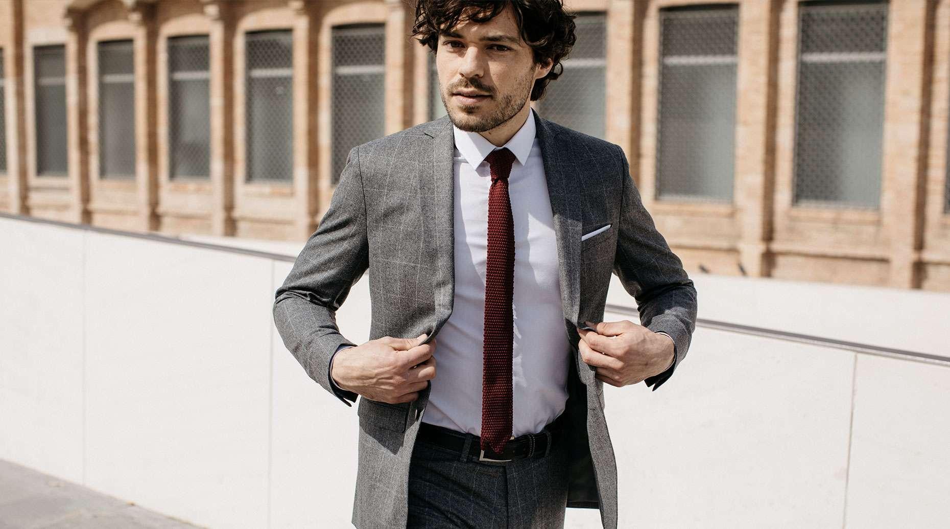 Costume sur mesure business pour homme