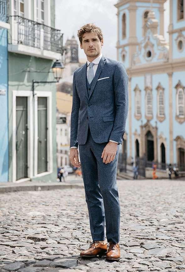 Costume 3 pièces mariage Anouk Faubourg Saint Sulpice étoffe laine mouchetée bleu sur mesure tailleur paris homme